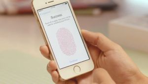 Apple Touch ID MacBook