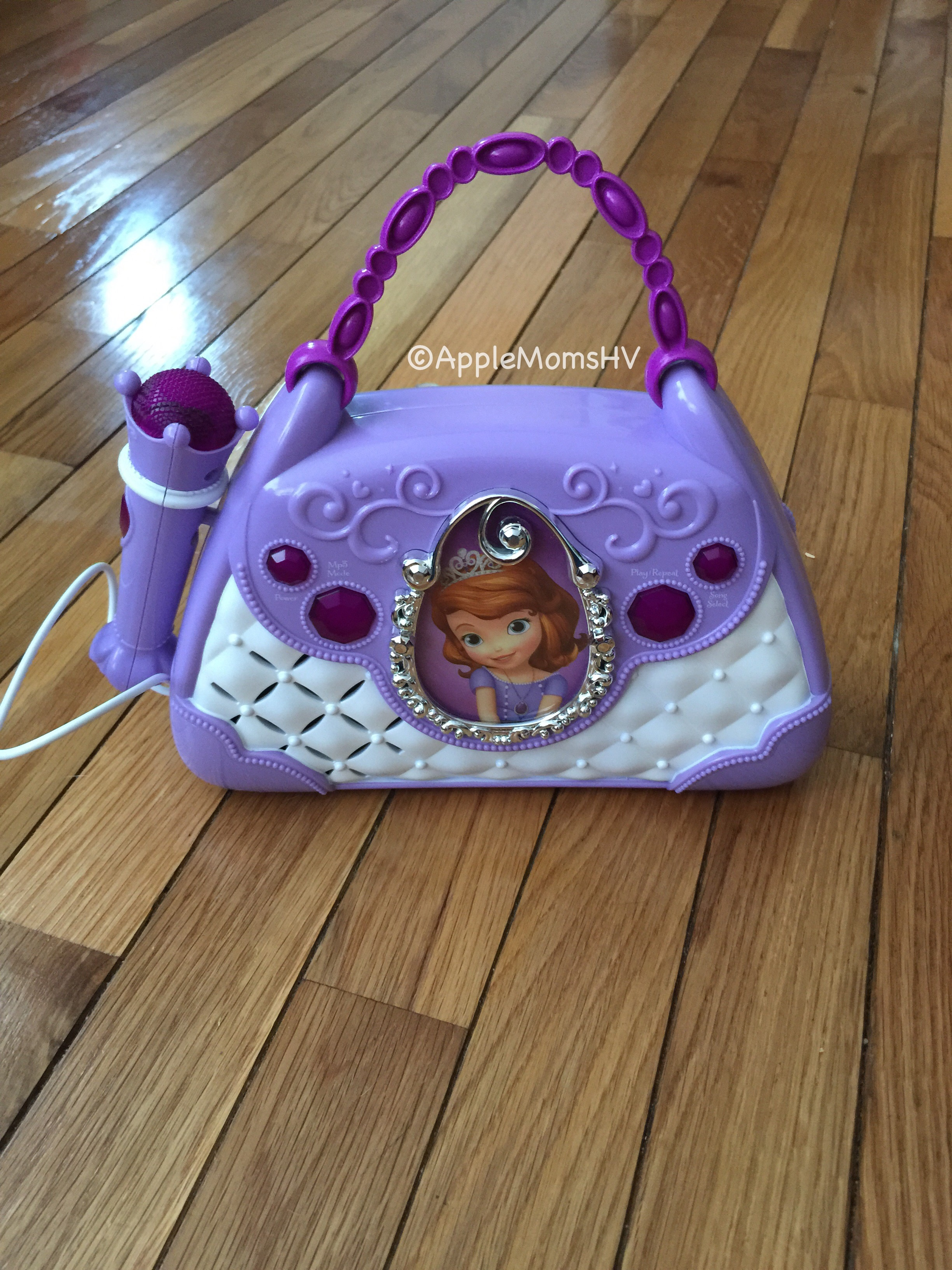 REVIEW: Sofia the First Sing-A-Long Boombox