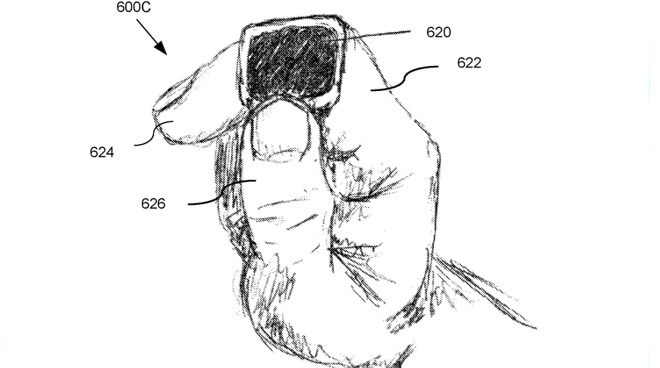 Наряду с внутренними датчиками, которые регистрируют направление пальца, кольцо может иметь сенсорный экран.