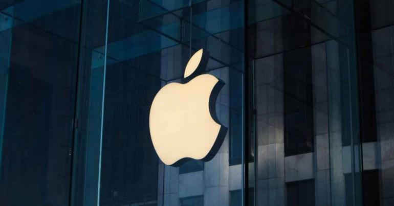 Германия хочет, чтобы Apple обновляла и ремонтировала iPhone в течение 7 лет