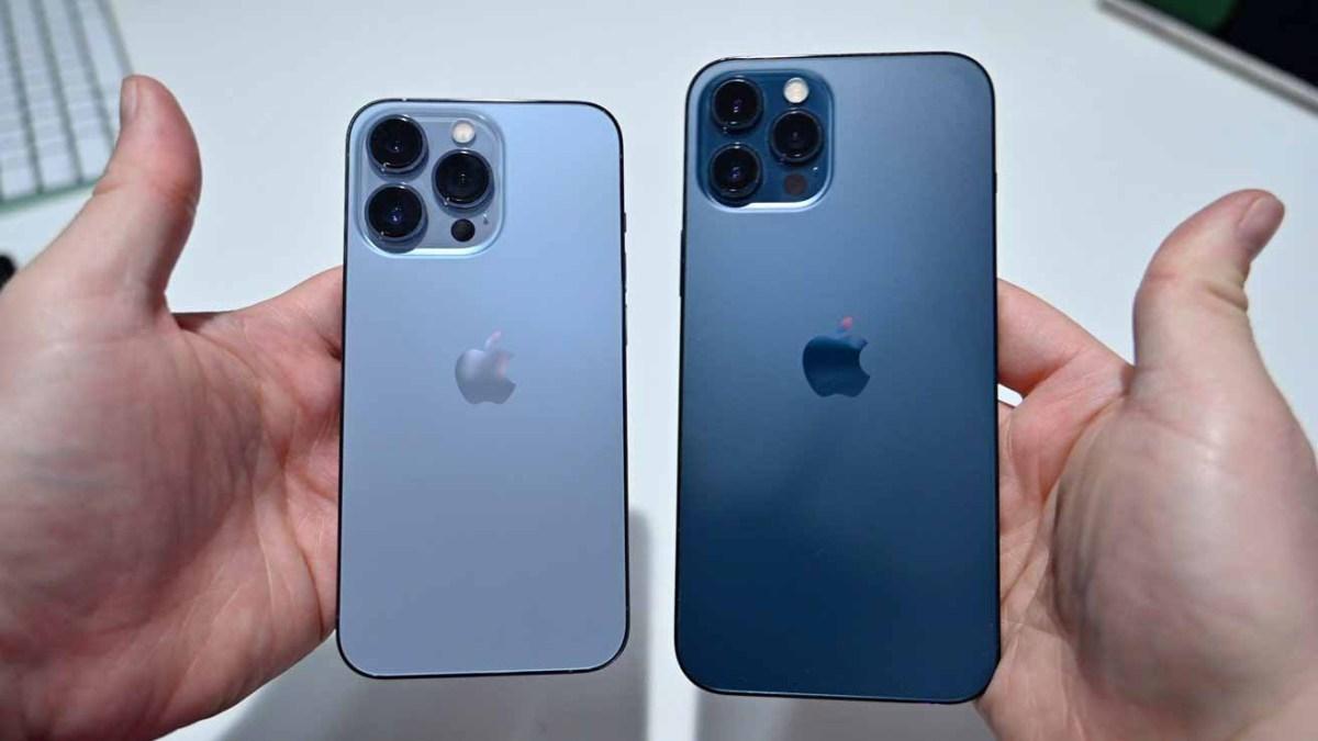 Сравнение iPhone 13 Pro Sierra Blue и iPhone 12 Pro Max Pacific Blue