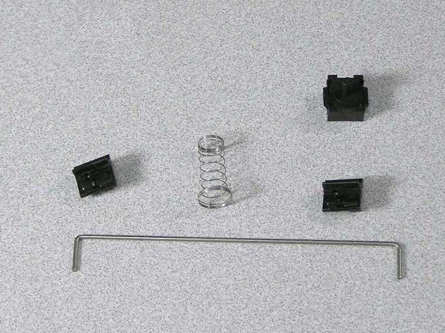 m0110-kybd-parts2.jpg