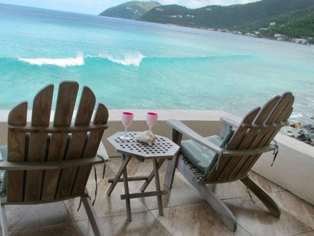 Enjoy solitude on ocean, enjoy the beach