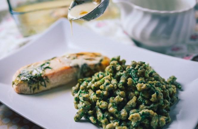 Spinat Spätzle mit Lachs