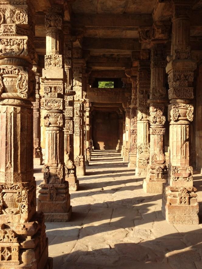 new delhi qtub minar