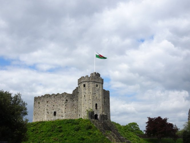 castle zentrum cardiff