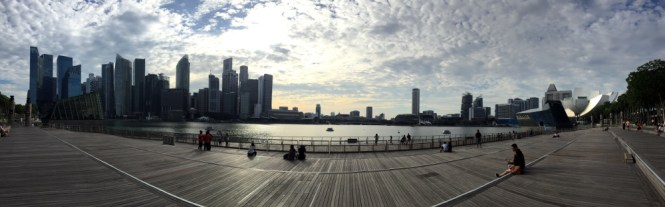 marina bay sands waterfront promenade
