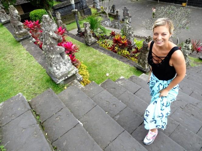 reisetipps bali im osten pura agung besakih sarong