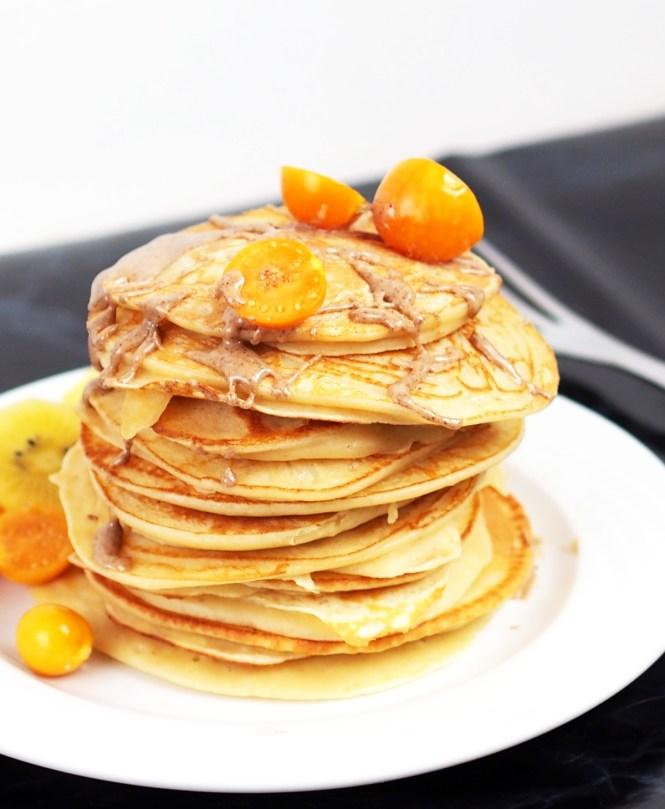 ricotta pancake lowcarb physalis kiwi protein