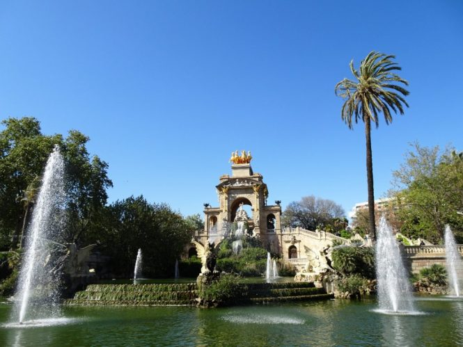 barcelona tipps monument brunnen