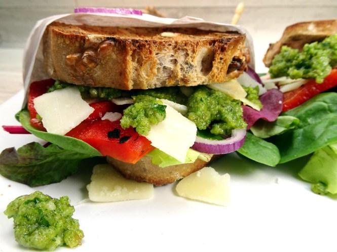 sandwich walnuss pesto