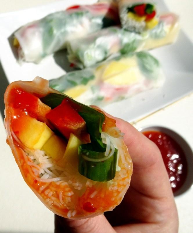 Fingerfood einfach fruchtig mit Sommerrollen