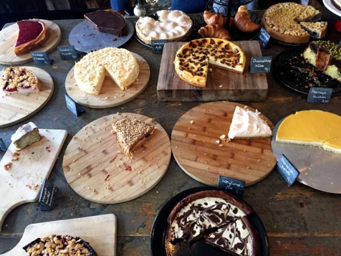 frühstück in münchen occam deli kuchen
