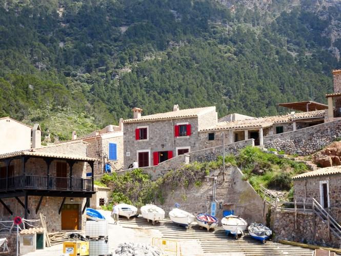 Mallorca Westen port de valldemossa häuser
