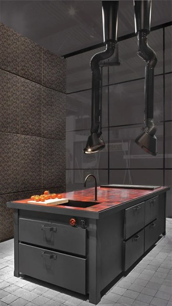 industrial kitchen hood in Mammut industrial range hood