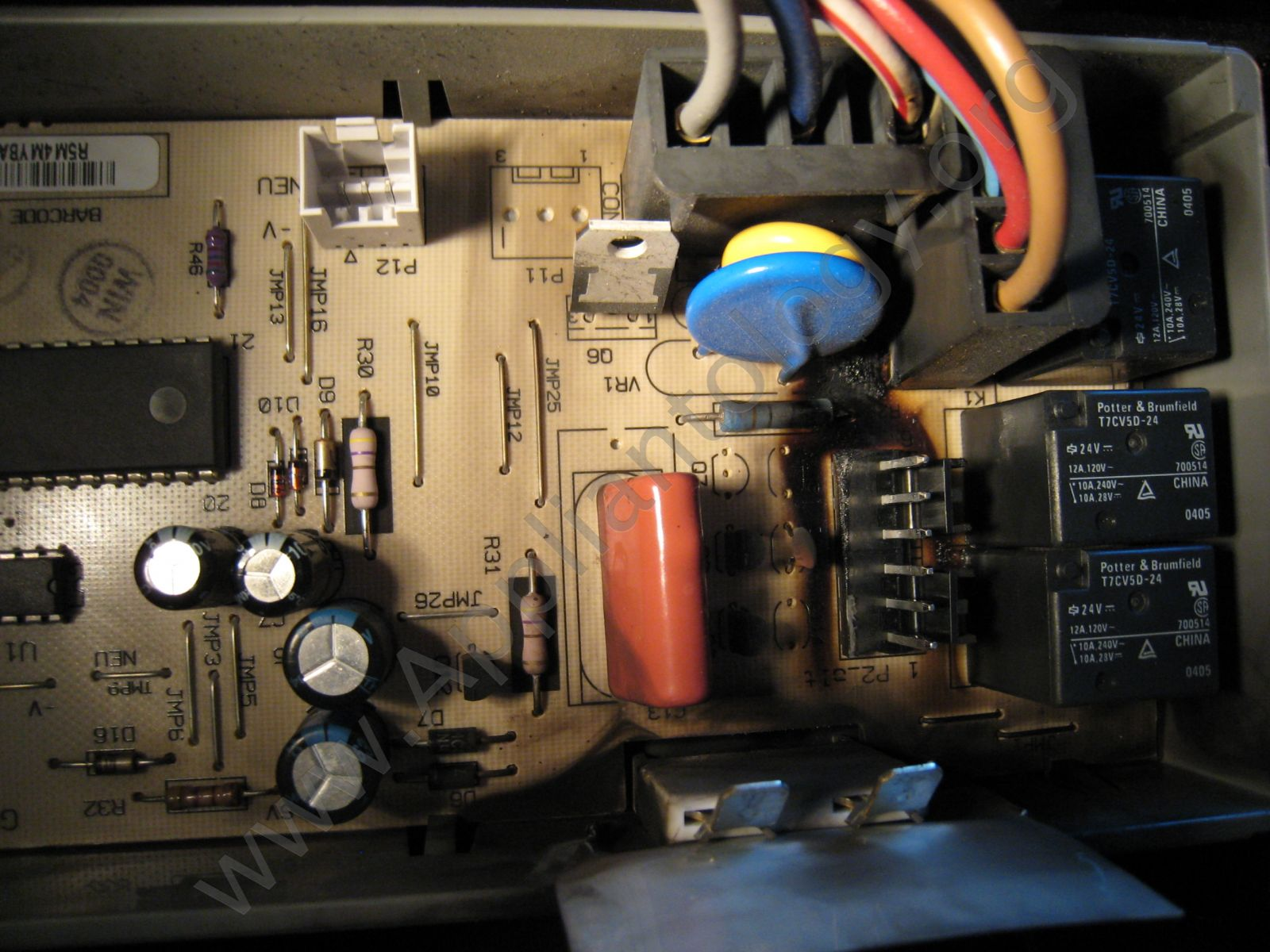 hight resolution of another view of the board where the wire harness connector attached kitchenaid dishwasher control board