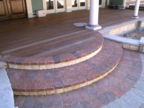 rock-and-pavers_stairsround_600