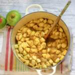 Stewed Apples with Cinnamon