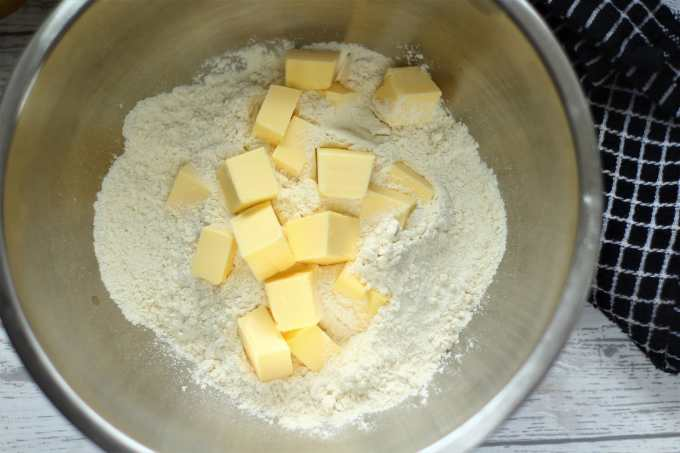 Butter and flour in a mixing bowl ready for rubbing in.