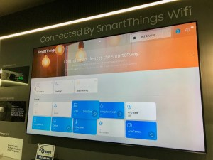 Samsung Smart TV with SmartThings