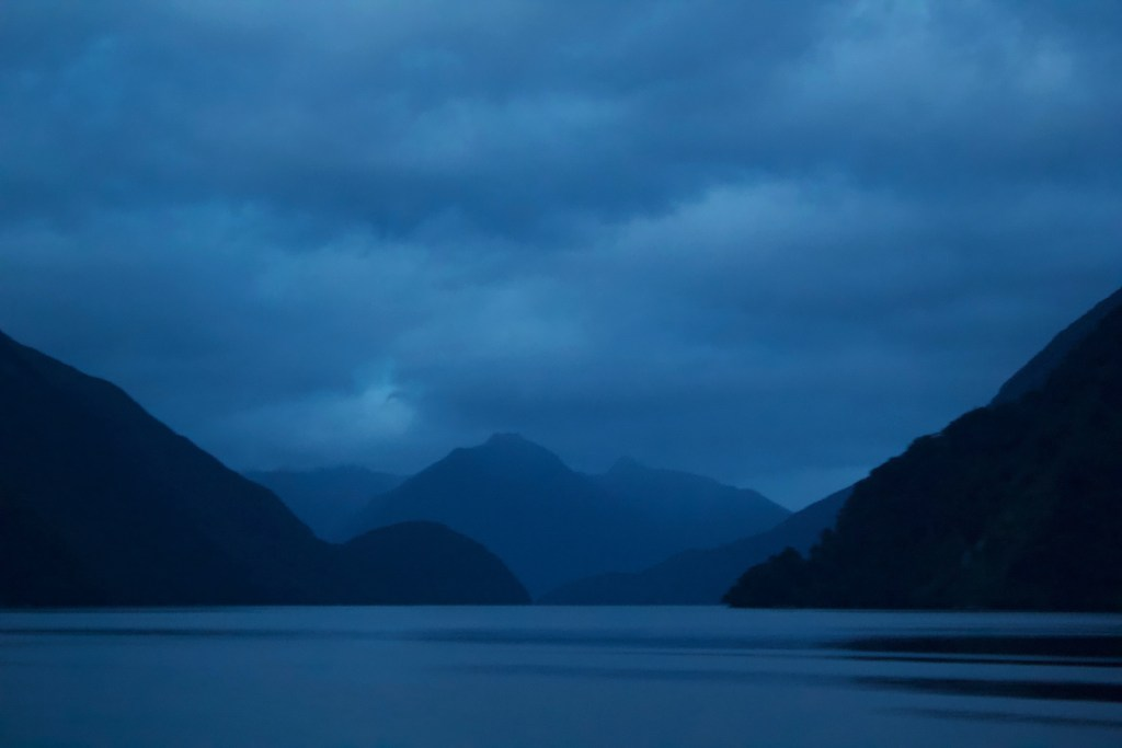 Doubtful Sound Dawn