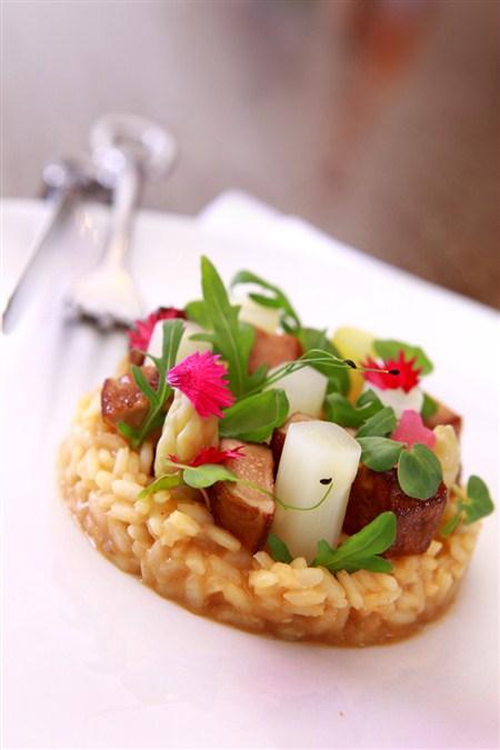 白蘆筍饗宴/三二行館呈現法首批採收的頂級味 - 欣新聞