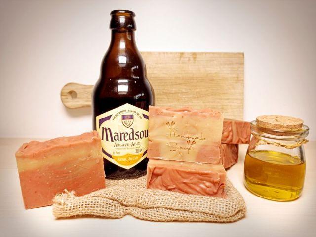 Savon maison à la bière saponifié à froid