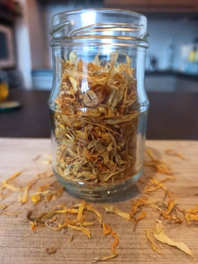 pétales de calendula pour macérat huileux maison