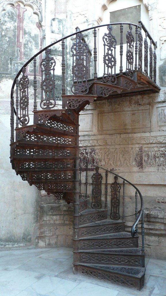 escalier en colimaçon dans mon rêve