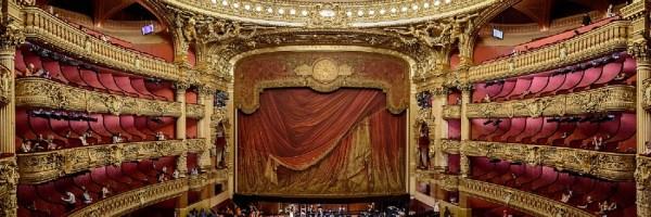 théâtre opéra spectacle concert salle opéra garnier paris étiquette protcole nadine de rothschild manières leçon savoir-vivre école sortie amoureux