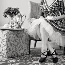 service des plats à table comment servir le thé