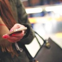L'invitation à un dîner par sms : comment ne pas être un total goujat ?