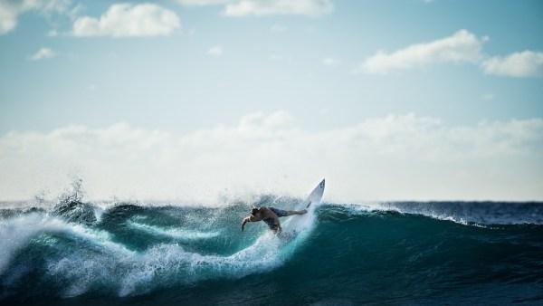 surfeurs surfeur surf vague savoir-vivre étiquette politesse bonnes manières eau océan priorités respect choix vagues leçon