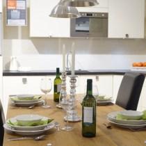 table française table anglaise farnçaise style dressertabel protocole mondanité dîner fromel règles courtoisie étiquette savoir vivre