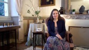Hanna Gas - Apprendre les bonnes manières 2 coach protocole usages aristocratie étiquette expert spécialiste cours particulier business entreprise charisme étiquette