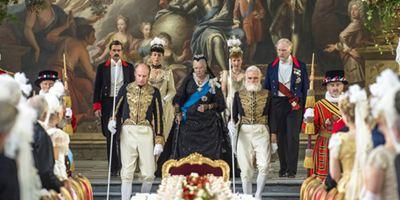 reine victoria 2 Victoria and Abdul reine victoria 1 reine victoria 4 protocole confident royal film movie étiquette bonnes manières erreur politesse aristocratie