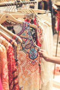 habiller 3 habiller 1 S' habiller en couleurs : la règle n°1 des ladies femme élégance élégante robe codes règles kate middleton