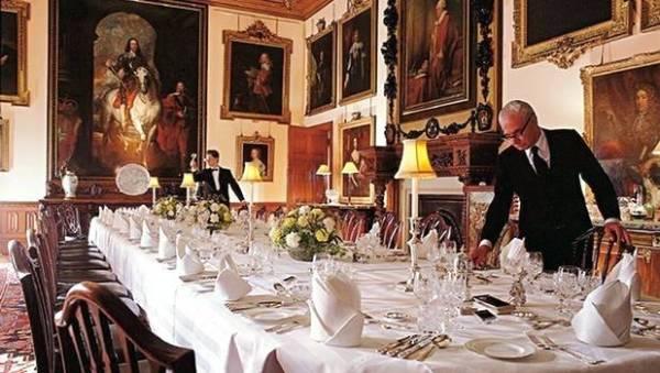 downton abbey dîner de cérémonie comment mettre la table dîners aristocratiques diamant belle table 19e siècle savoir-vivre protocole étiquette