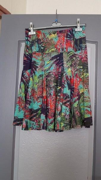 jupe 1 jupe midi comment s'habiller comme une lady femme élégance décence pas cher minimalisme kate middleton ok