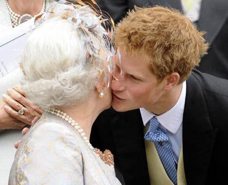 la bise protocole french kiss air kiss aristocratie bienséance manières étiquette