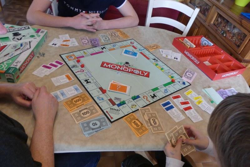 Des jeux de société pour apprendre en s'amusant.