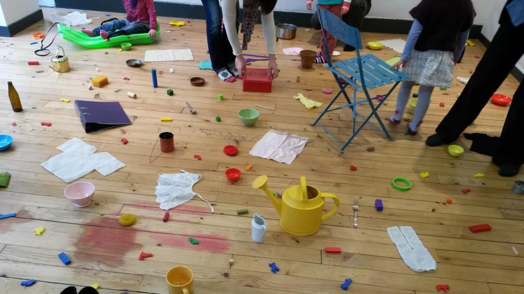 les couleurs dans l espace montessori