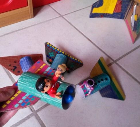construction en carton enfant
