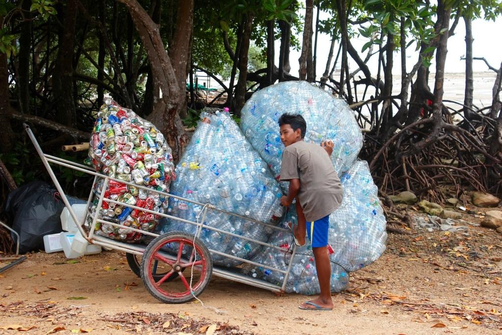 bouteilles en plastique danger