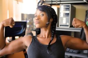 Comment maigrir grâce à la musculation. Pour mincir efficacement combinez cardio et musculation.