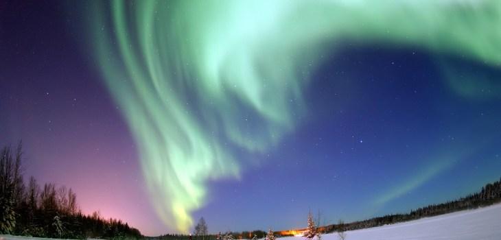 aurora-borealis-69221_1920