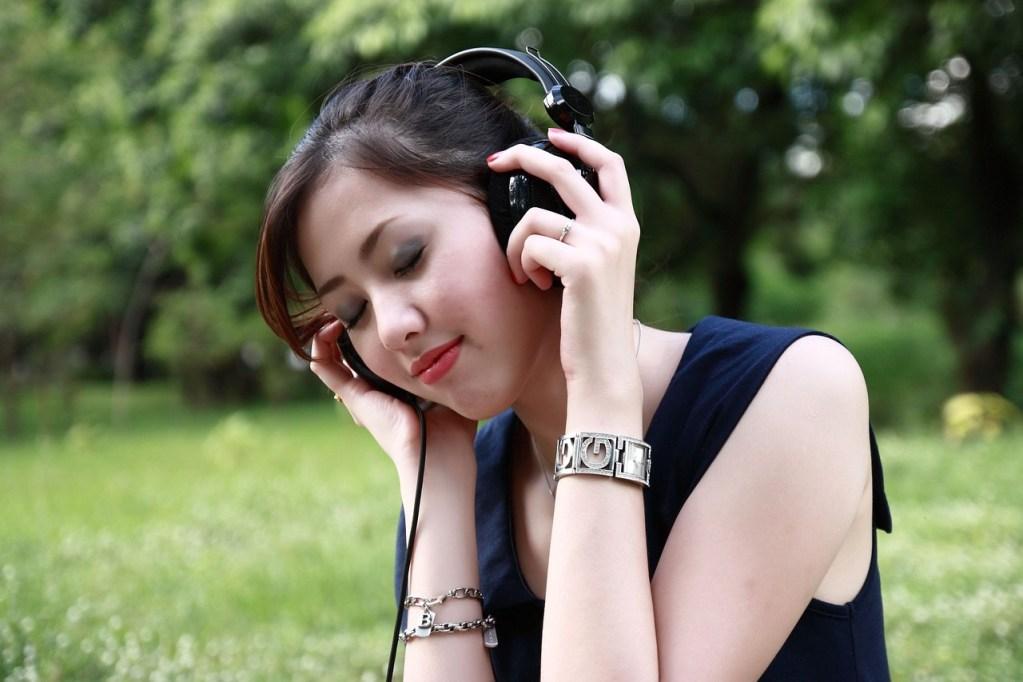 beautiful sound, beauty, entertainment