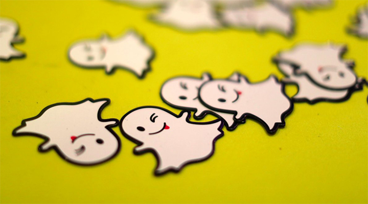 create custom stickers on Snapchat