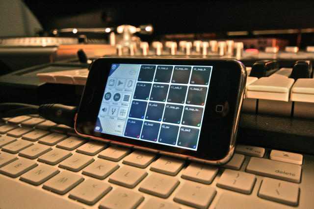 3 Reasons Every Musician Needs to Have an App