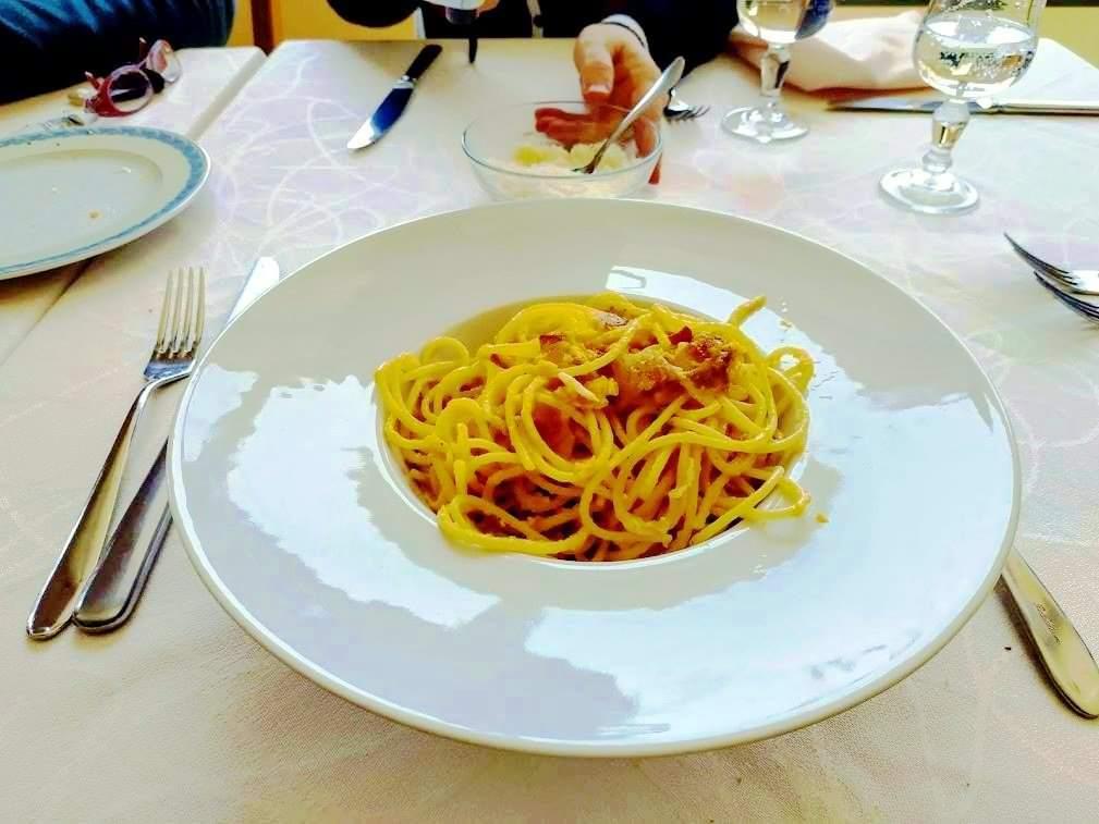 Spaghetti all'amatriciana, piatto unico